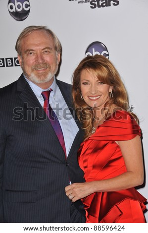 Jane Seymour & husband James Keach at the 200th episode party for Dancing With The Stars at Boulevard 3 in Hollywood. November 1, 2010  Los Angeles, CA Picture: Paul Smith / Featureflash