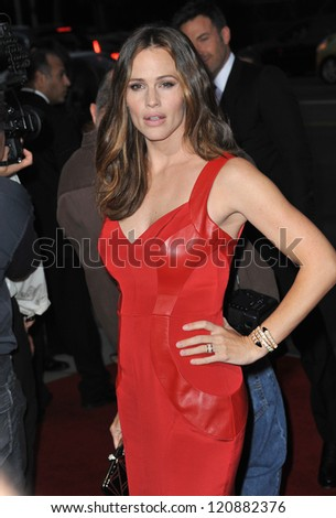 "Jennifer Garner at the Los Angeles premiere of ""Argo"" at the Samuel Goldwyn Theatre, Beverly Hills. October 4, 2012  Beverly Hills, CA Picture: Paul Smith"