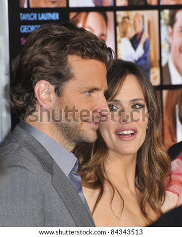 "Jennifer Garner & Bradley Cooper at the world premiere of their new movie ""Valentine's Day"" at Grauman's Chinese Theatre, Hollywood. February 8, 2010  Los Angeles, CA By: Paul Smith / Featureflash"