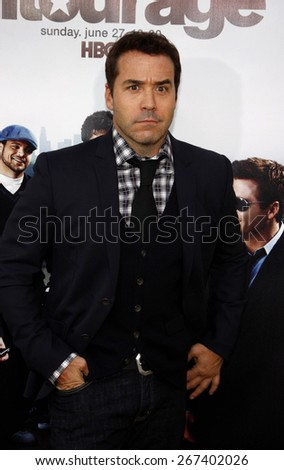 Jeremy Piven at the HBO's 'Entourage' Season 7 Premiere held at the Paramount Studios lot in Hollywood on June 16, 2010.  - stock photo