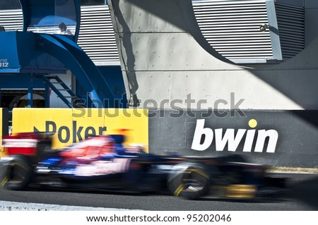 JEREZ, SPAIN - FEBRUARY 8 - Daniel Ricciardo test driving his new Scuderia Torro Rosso in the first F1 test, Wednesday 8th February 2012.