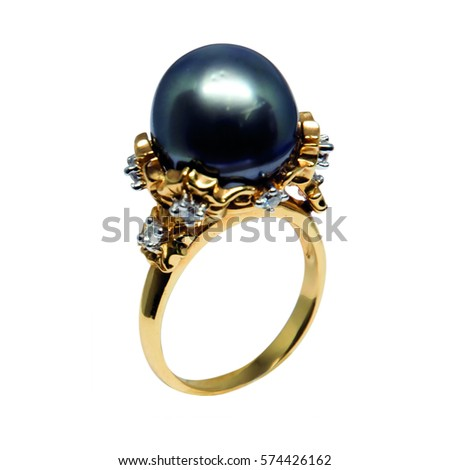 Jewelry ring with pearl