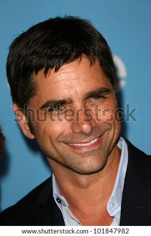 "John Stamos  at the ""GLEE"" Season 2 Premiere Screening and DVD Release Party, Paramount Studios, Hollywood, CA. 08-07-10"