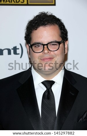 Josh Gad at the 3rd Annual Critics' Choice Television Awards, Beverly Hilton Hotel, Beverly Hills, CA 06-10-13