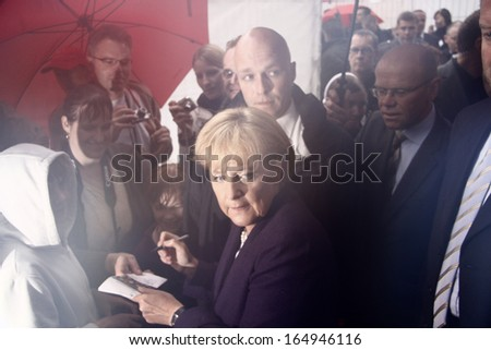 JULY 24, 2008 - BERLIN: German Chancellor Angela Merkel during the Day of the Open Door in the Chanclery in Berlin.