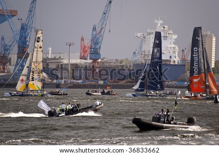 KIEL, GERMANY - AUG 29: Ishares extreme-40-catamaran cup august 28-30, 2009 in port of Kiel, Germany