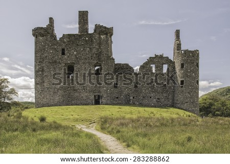 Kilchurn Castle, a ruined 15th century structure on the banks of Loch Awe, in Argyll and Bute, Scotland. - stock photo