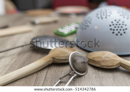 Kitchen wood and metal cooking tools