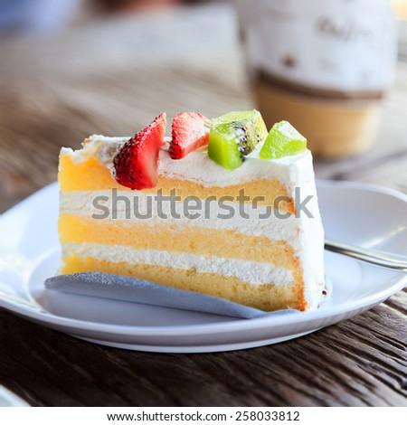 kiwi and strawberry cake - stock photo
