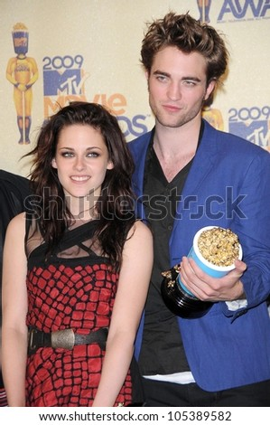 Kristen Stewart and Robert Pattinson  in the Press Room at the 2009 MTV Movie Awards. Gibson Amphitheatre, Universal City, CA. 05-31-09 - stock photo