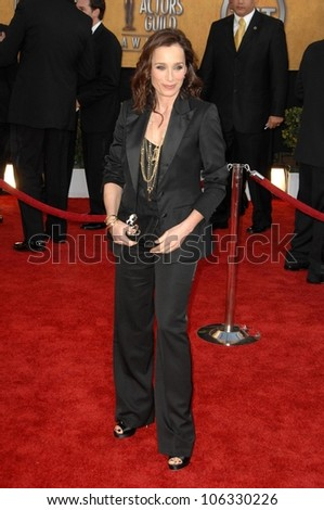 Kristin Scott Thomas at the 15th Annual Screen Actors Guild Awards. Shrine Auditorium, Los Angeles, CA. 01-25-09