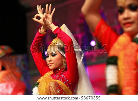 KUALA LUMPUR, MALAYSIA - MAY 21 : Participant performs a traditional Indian dance during the rehearsal of Colours of Malaysia Festival May 21, 2010 in Kuala Lumpur Malaysia. - stock photo