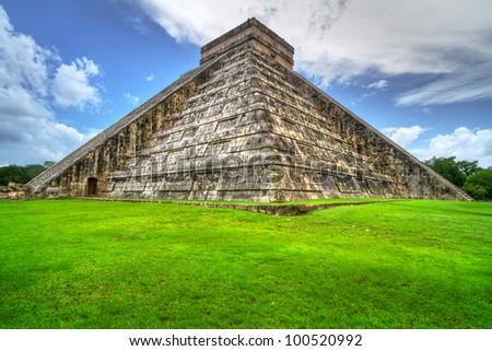 Kukulkan pyramid in Chichen Itza, Mexico - stock photo