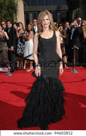 Kyra Sedgwick at the 59th Primetime Emmy Awards at the Shrine Auditorium. September 16, 2007 Los Angeles, CA Picture: Paul Smith / Featureflash
