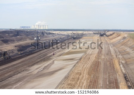 large mining machines in quarry