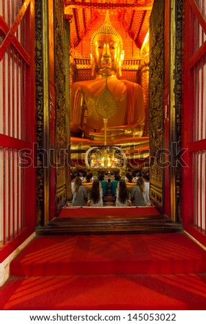 Largest golden buddha image in church