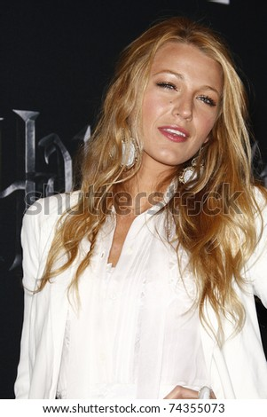 LAS VEGAS - MAR 30: Blake Lively arrives at a Warner Bros. Pictures presentation to promote the new film, 'Green Lantern' at Caesars Palace during CinemaCon on March 31, 2011 in Las Vegas - stock photo