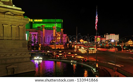 LAS VEGAS, US - OCTOBER 11: Las Vegas Strip at night on October 11, 2011 in Las Vegas, US. 19 of the 25 largest hotels in the world are on the Strip - stock photo