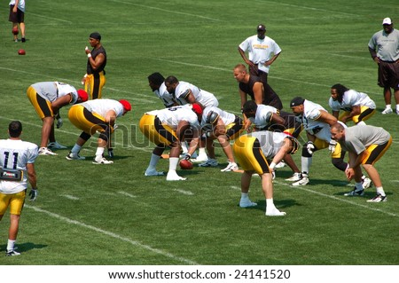 LATROBE, PA  JULY 29, 2008: Pittsburgh Steelers team with Ben Rothisberger practicing at training camp at St. Vincent College in Latrobe Pennsylvania for the 2008 2009 football season on July 29, 2008.