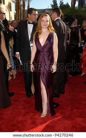 LAUREN AMBROSE at the 2002 Emmy Awards in Los Angeles. 22SEP2002.  Paul Smith / Featureflash