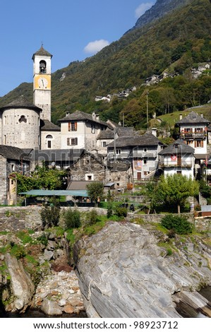 Laverzetto is an idyllic place in Verzasca-valley  in Ticino in Switzerland