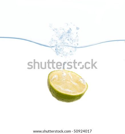 Lemon splash in water