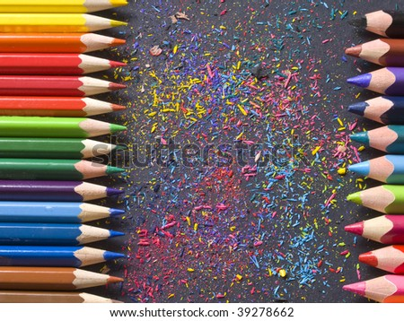 lines of color pencils