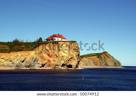 Little House Upon the Cliff