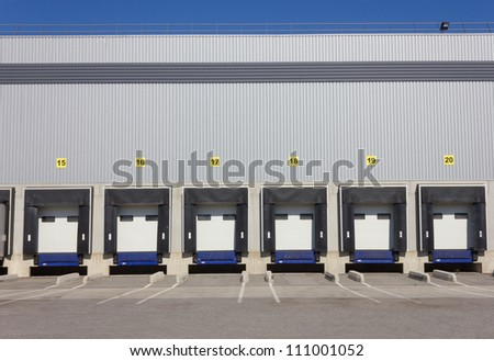 Loading Bay Stock Images Royalty Free Images Amp Vectors
