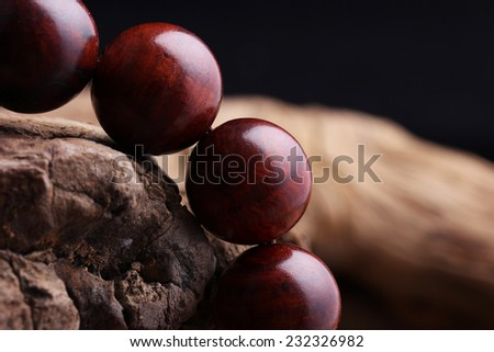 Lobular red sandalwood prayer beads bracelets