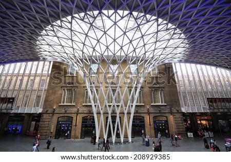 London August 2 Kings Cross Railway Stock Photo Edit Now