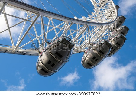 LONDON - DEC 9 : View of the London Eye in London on Dec 9, 2015