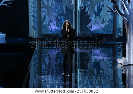 LONDON, ENGLAND - DECEMBER 02:  Singer Hozier performs during the 2014 Victoria's Secret Fashion Show on December 2, 2014 in London, England.