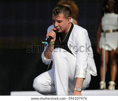 LONDON - JUN 27, 2015: John Newman at the British Summer Time concert, Hyde Park on Jun 27, 2015 in London