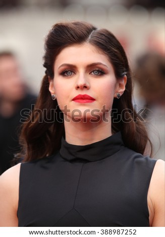 LONDON - MAY 21, 2015: Alexandra Daddario attends the World Premiere of San Andreas at the Odeon Cinema Leicester Square on May 21, 2015 in London