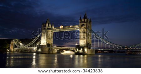 London - Tower bridge in morning