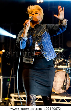 LONDON, UK - JULY 05: Emeli Sande performs on the main stage at 'Loung on the Farm' in Canterbury, Kent, UK on the July 05, 2012 in London, UK