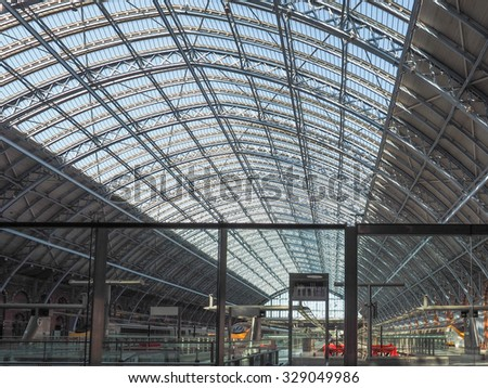 LONDON, UK - SEPTEMBER 28, 2015: St Pancras railway station