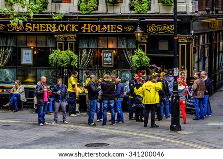 LONDON, UNITED KINGDOM - MAY 25, 2013: Street scene in the central London. - stock photo