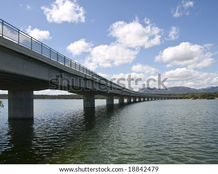 Long bridge over Valmayor Reservoir