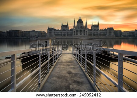 Long exposure image of the hungarian parliament and dock No 1 in