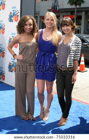 "LOS ANGELES - APR 10:  Savannah Jayde, Kelli Goss, Denyse Tontz arriving at the ""RIO"" Los Angeles Premiere at Graumans Chinese Theater on April 10, 2011 in Los Angeles, CA"