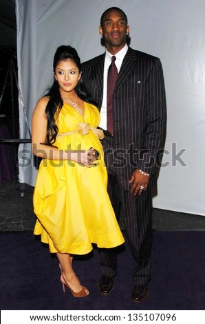 LOS ANGELES - APRIL 12: Kobe Bryant and wife Vanessa at the 3rd Annual Bodog Celebrity Poker Invitational at Barker Hangar on April 12, 2006 in Santa Monica, CA. - stock photo