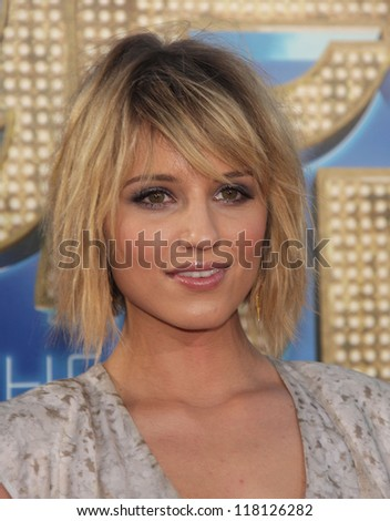 "LOS ANGELES - AUG 06:  DIANNA AGRON arrives to the ""Glee the 3D Concert Movie"" World Premiere  on August 06, 2011 in Westwood, CA"