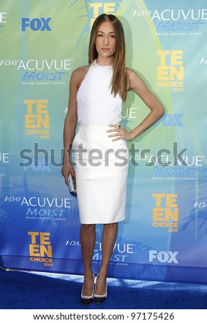 LOS ANGELES - AUG 7: Maggie Q arrives at the 2011 Teen Choice Awards held at Gibson Amphitheatre on August 7, 2011 in Los Angeles, California