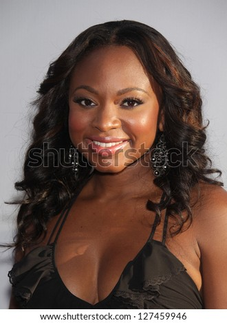 LOS ANGELES - AUG 02:  NATURI NAUGHTON arriving to Summer 2011 TCA Party - NBC  on August 02, 2011 in Beverly Hills, CA