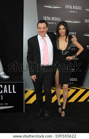 LOS ANGELES - AUG 1: Tom Sizemore, Olga Segura at the Los Angeles Premiere of 'Total Recall' at Grauman's Chinese Theater on August 1, 2012 in Los Angeles, California