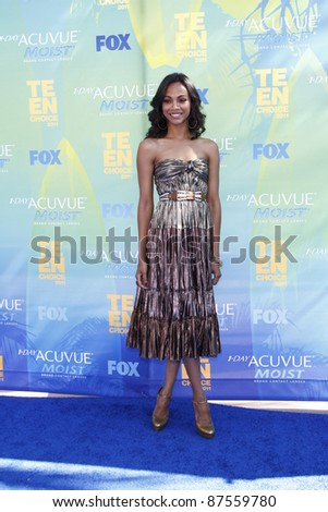 LOS ANGELES - AUG 7: Zoe Saldana arrives at the 2011 Teen Choice Awards held at Gibson Amphitheatre on August 7, 2011 in Los Angeles, California