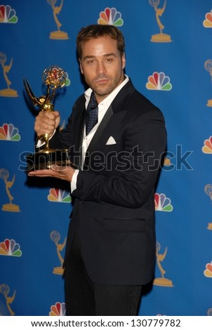 LOS ANGELES - AUGUST 27: Jeremy Piven in the Press Room at the 58th Annual Primetime Emmy Awards in The Shrine Auditorium August 27, 2006 in Los Angeles, CA.