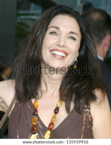 "LOS ANGELES - AUGUST 11: Stepfanie Kramer arriving at the ""40 Year Old Virgin"" Premiere at Arc Light Theaters August 11, 2005 in Los Angeles, CA."